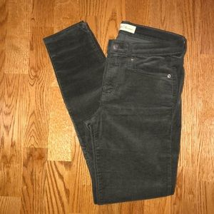 Gap Women's True Skinny Corduroy Pants